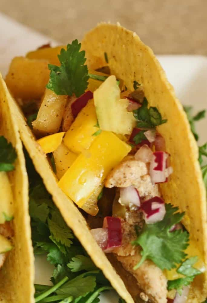 easy-chicken-taco with pineapple mango salsa