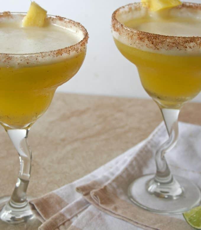 skinny pineapple mango margarita