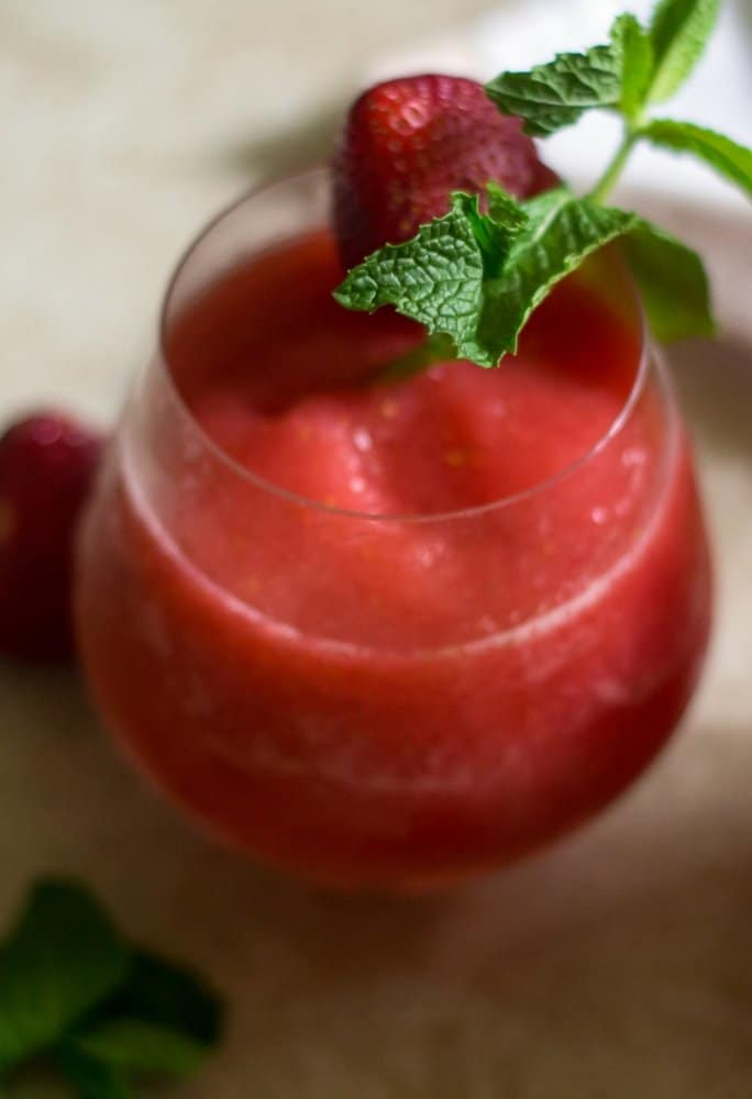 strawberry vodka slush cocktail