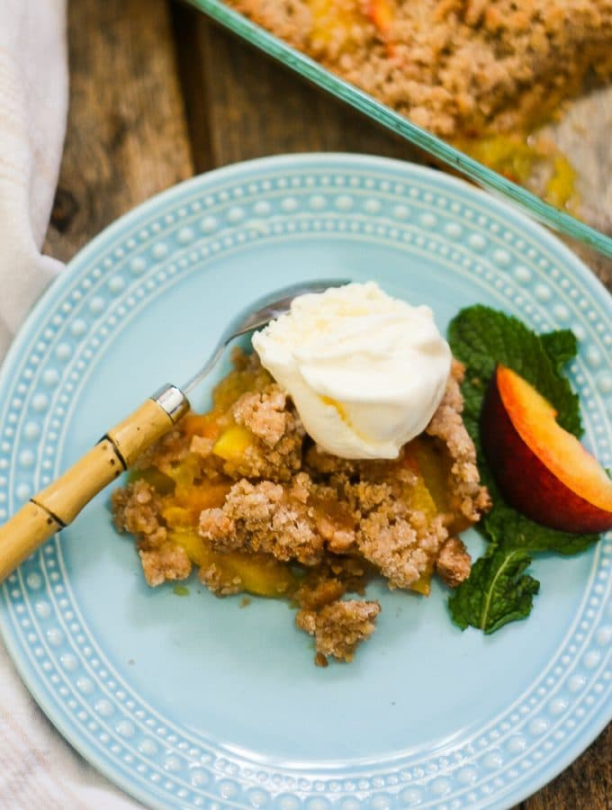 Best Homemade Peach Crumble Recipe