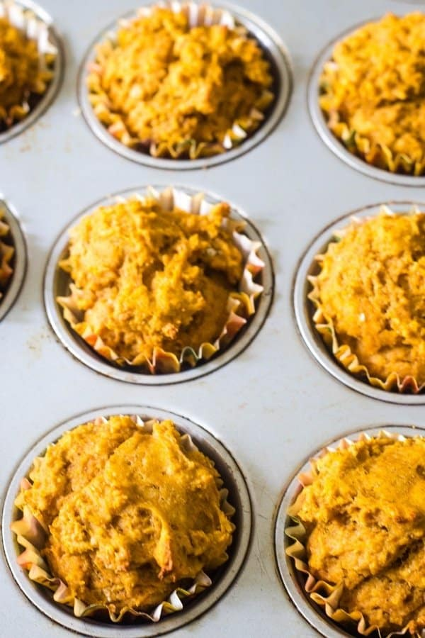 Easy pumpkin muffin recipe in a muffin tin