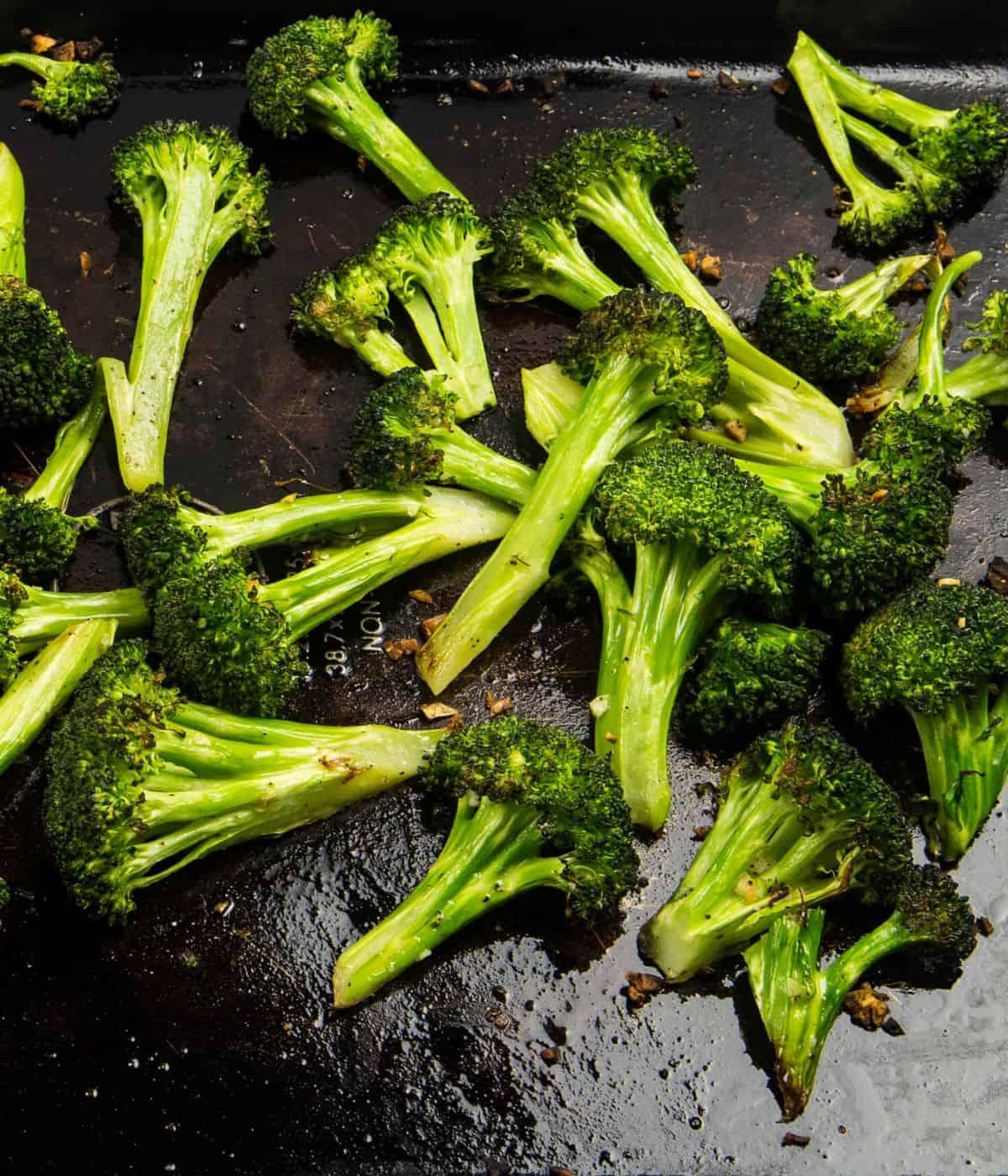 Roasted broccoli florets with garlic